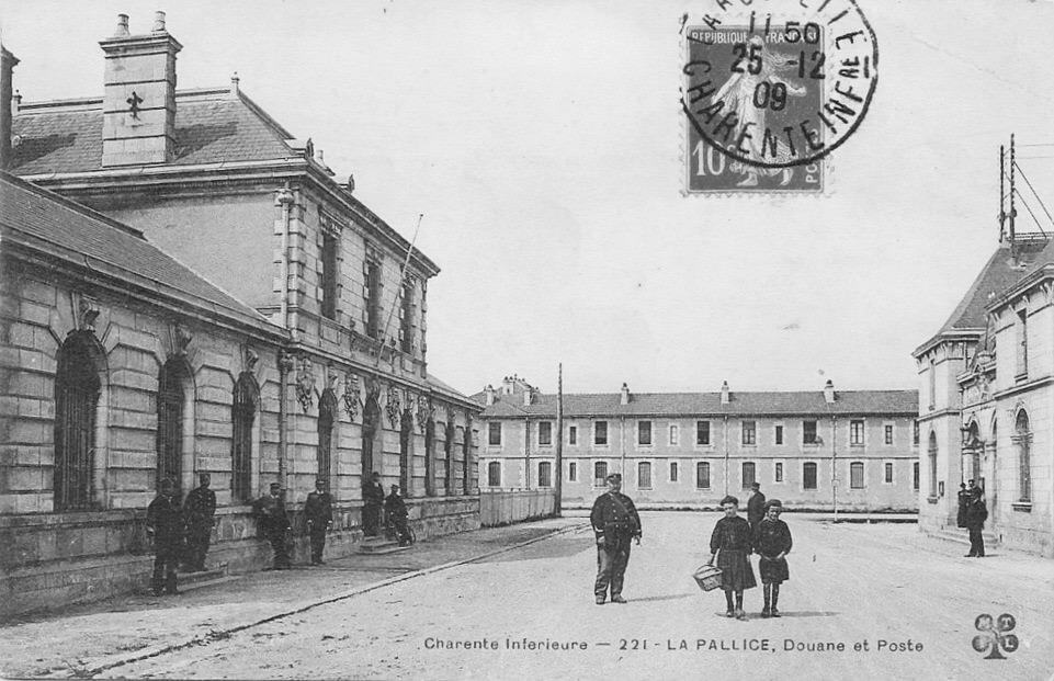 La Rochelle, La Pallice, Douane et Poste