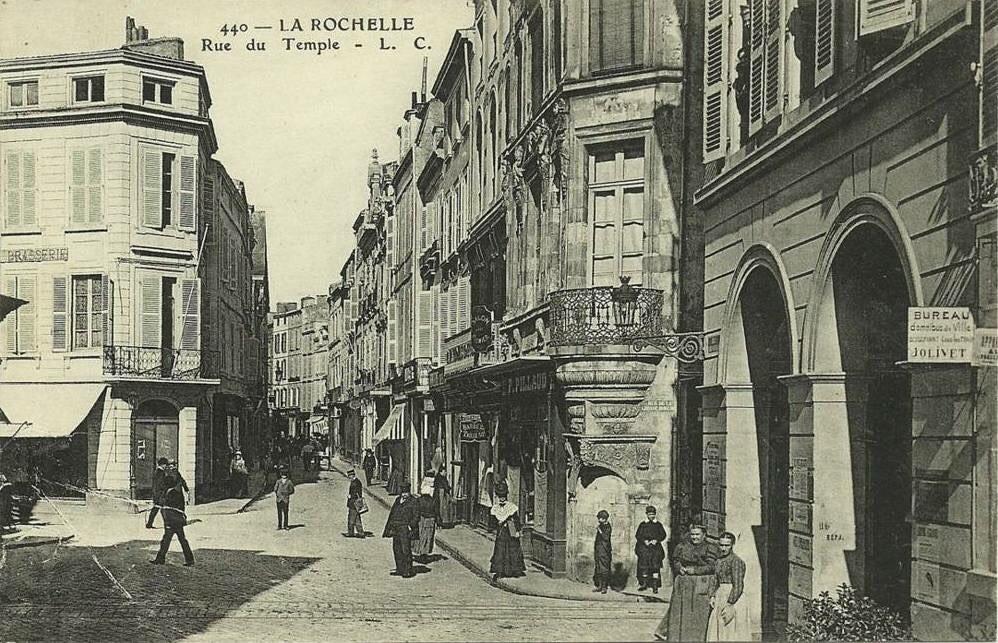 Rue du Temple LA ROCHELLE